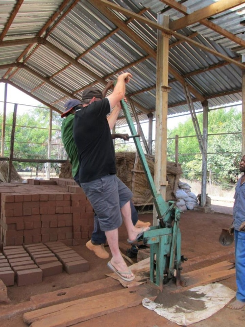 Elephant Barn Brick Making Machine