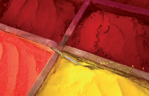 Bright Colours from Natural Mineral Makeup